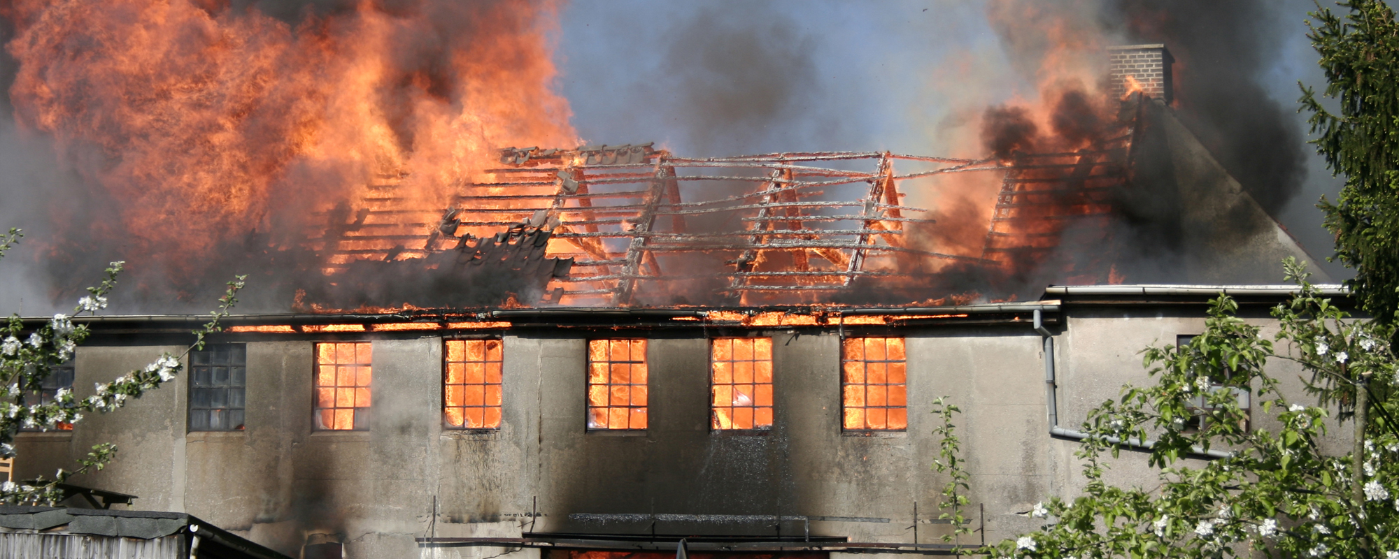 What To Do After A House Fire Uk Fire Flood And Water Damage Restoration